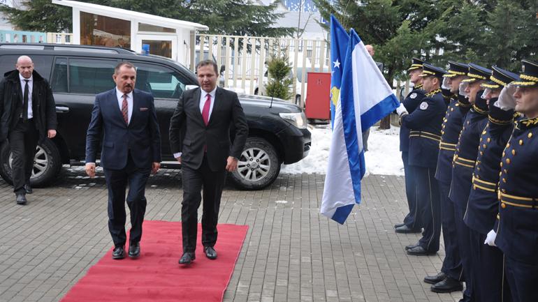 Kosova dhe Maqedonia faktor të stabilitetit dhe paqes në rajon