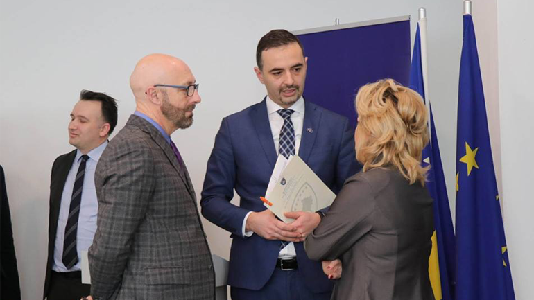 Mbahet takimi inaugurues i Fondit të Kosovës për Efiçiencë të Energjisë