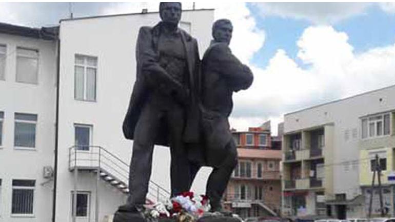 AAK: Rexhep Mala e Nuhi Berisha, ndër figurat më të ndritura të qëndresës sonë kombëtare