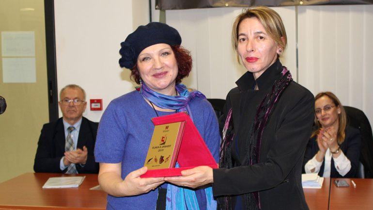"""Rozafa Shpuza, fituese e Çmimit """"Pena e Flakës"""""""