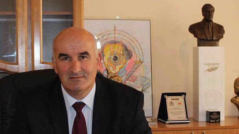 """Kreu i Vitisë nderohet me mirënjohje nga """"Let's Do It Kosova"""""""