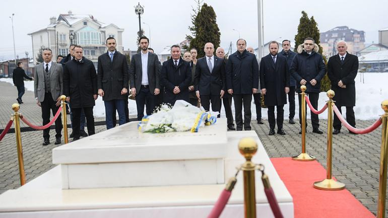 Haradinaj: Presidenti Rugova krijoi një doktrinë të një shteti paqësor