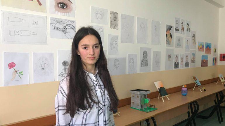 Filloristja Elza Zymberi prezantohet me ekspozitë personale