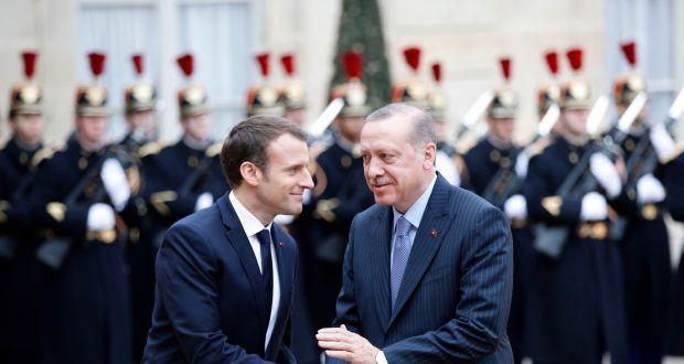 Lëkunden raportet Turqi-Francë
