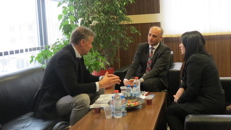 Shefi i Njësisë së Monitorimit të Rasteve nga EULEX vizitoi Prokurorinë e Gjilanit