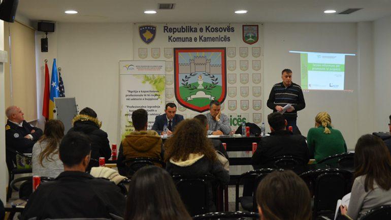 Mbahet sesioni informues në sektorin e bujqësisë