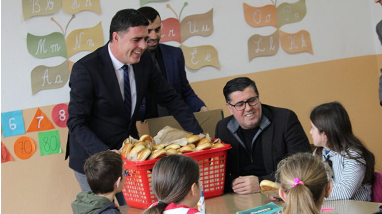 Gjilani nis pilot projektin e shujtave për nxënësit e Verbicës së Zhegocit, Kishnapoles dhe Shurdhanit