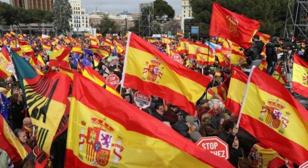 Protesta në Spanjë, kundërshtohet plani i qeverisë