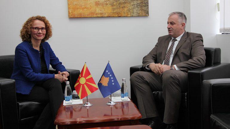 Ministri Berisha uron ministren Shekerinska për pranimin e Maqedonisë së Veriut në NATO
