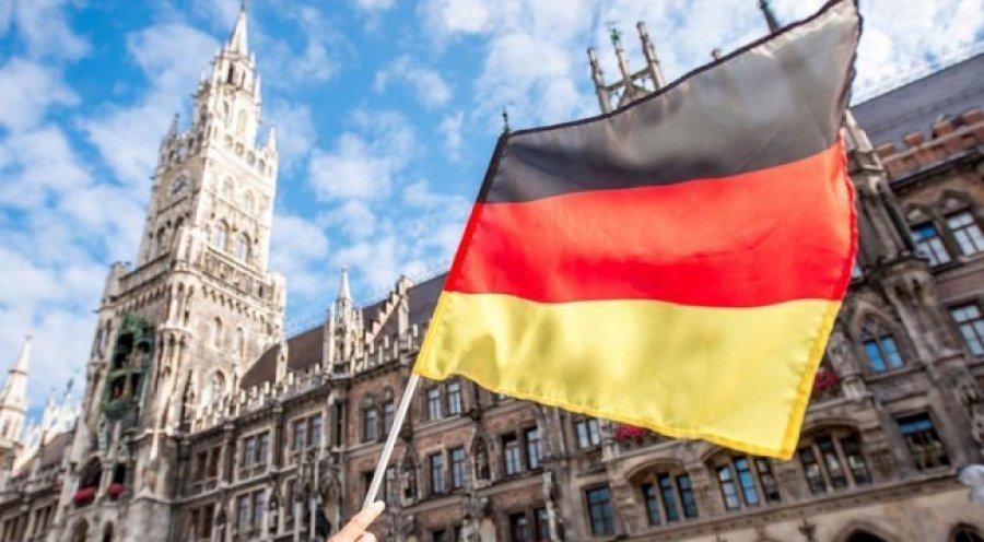 Gjermania vendos rroga minimale prej 500 eurosh për praktikantë