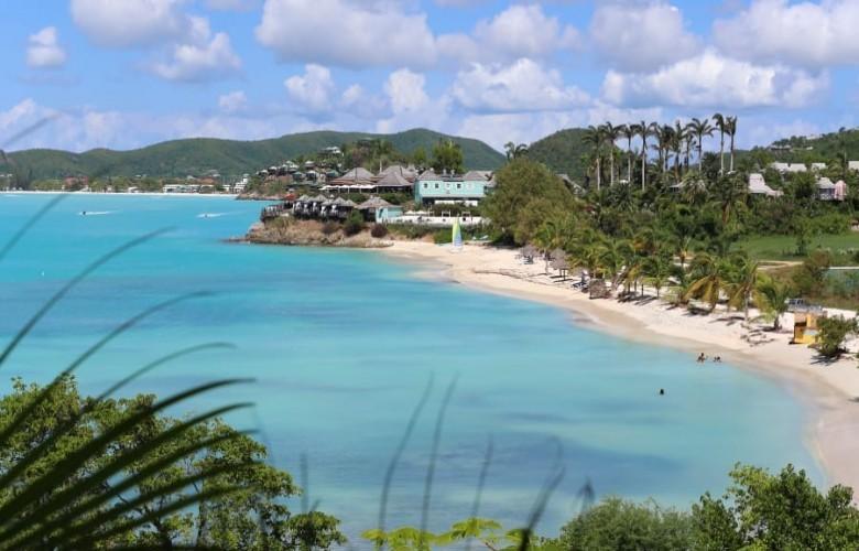Ishulli me 365 plazhe, për çdo ditë të vitit nga një