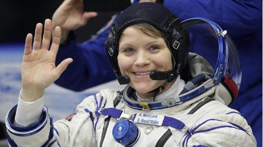 NASA: Personi i parë që do të shkoj në Mars mund të jetë grua