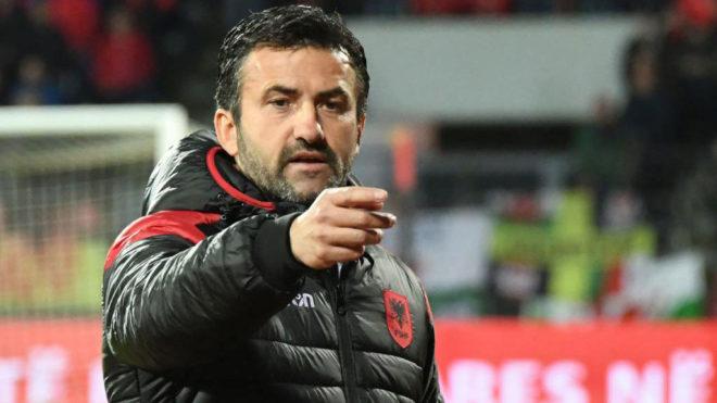 Ish-trajneri i Shqipërisë bëhet me skuadër të re