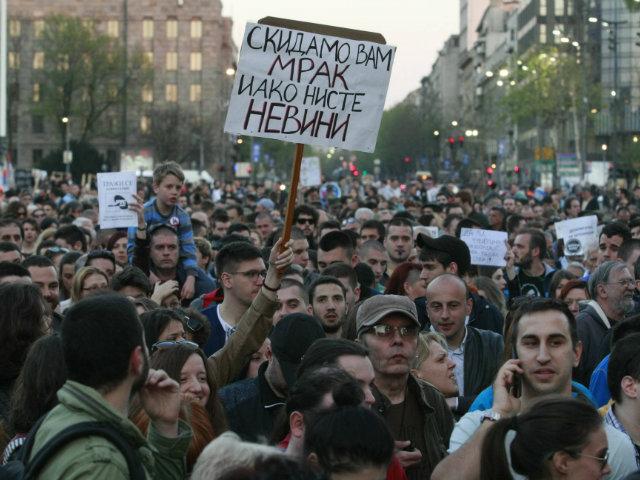 Vazhdojnë protestat kundër Vuçiqit në Serbi