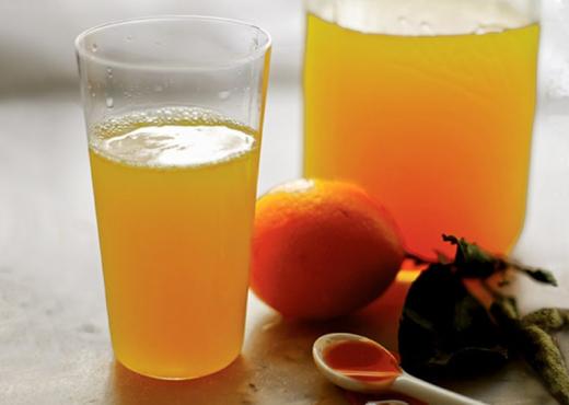 Limonata që largon stresin dhe kthen disponimin