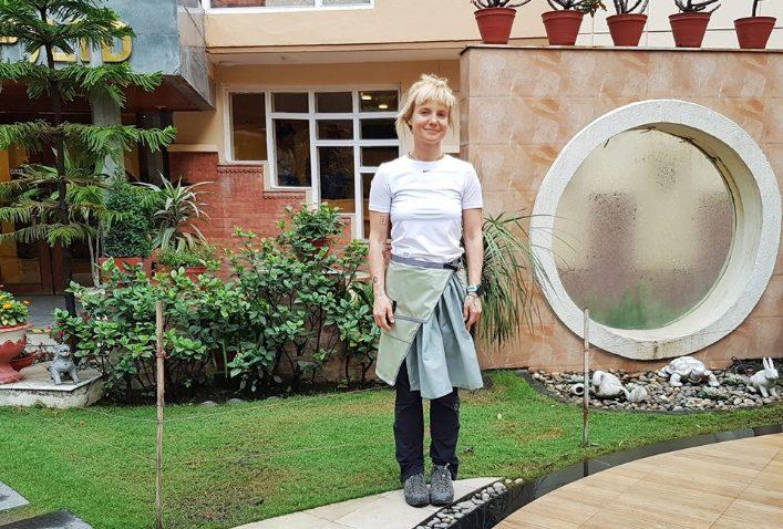 Uta vazhdon ekspeditën për në Himalaje, motivohet nga mbështetësit