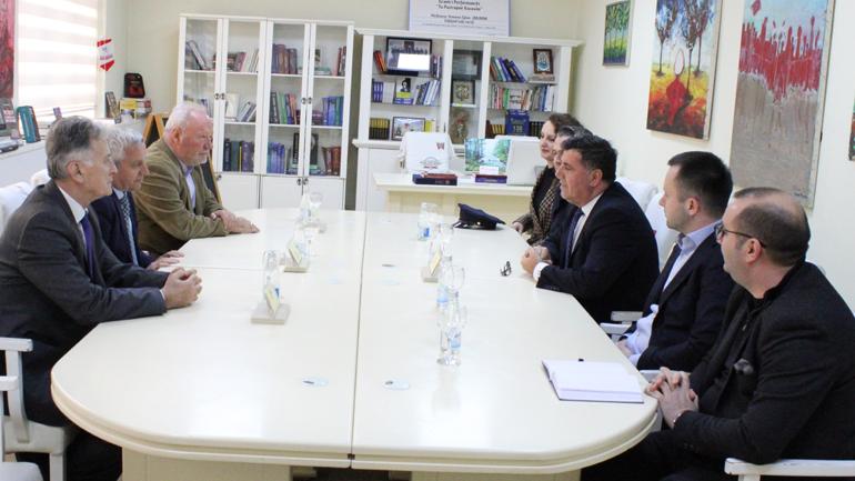 Kreu i Gjilanit i bënë bashkë ambasadorët e Shqipërisë, Malit të Zi dhe Maqedonisë së Veriut për bashkëpunim në shumë fusha