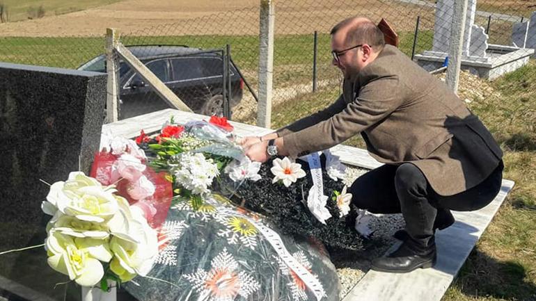 Përkujtohen martirët e Karadakut