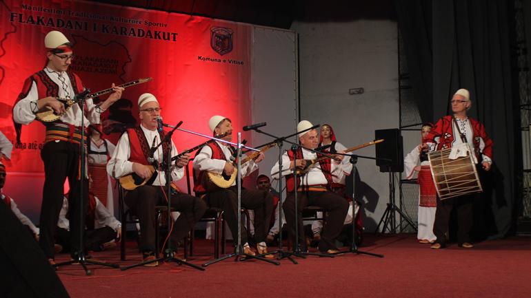"""Nis edicioni i 18-të i Festivalit të Shoqërive dhe Ansambleve të këngëve dhe valleve në kuadër të """"Flakadanit…"""""""