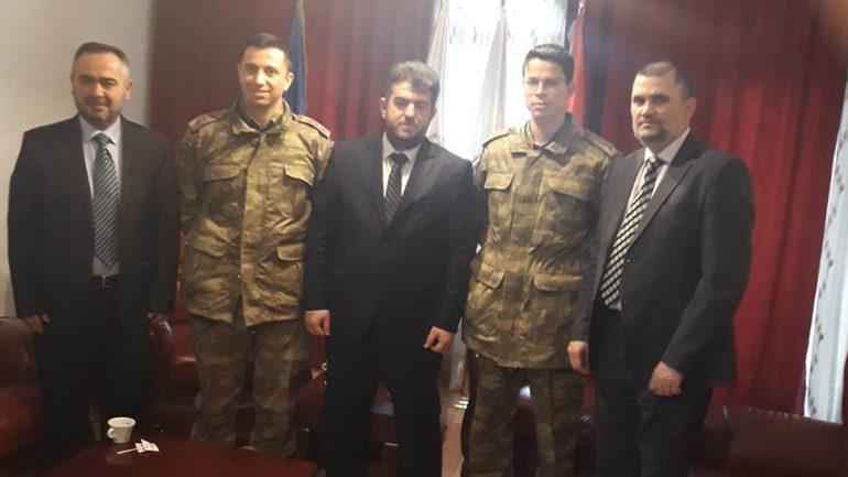 Kryetari i KBI në Gjilan priti në takim lamtumirës komandantin e LBT Burhan Albajrak