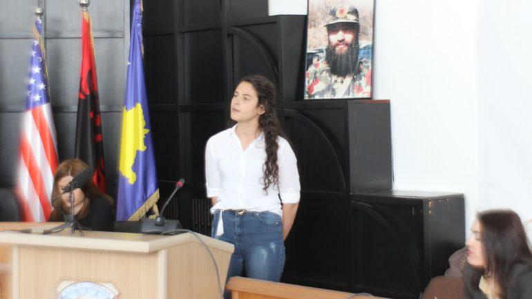 """Lidiona Maroci nga Kamenica fituese e garave regjionale të recituesve """"Flakadani i Karadakut 2019"""""""
