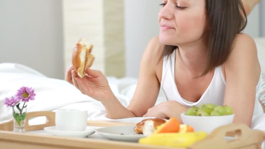 Rregulla për një mëngjes të shëndetshëm dhe peshë ideale