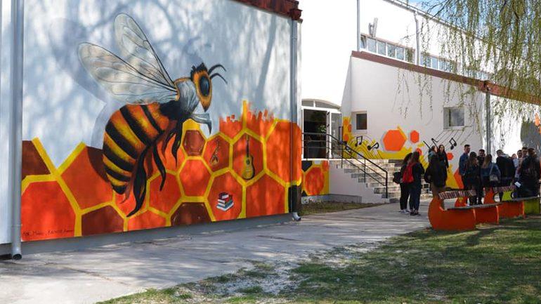 Realizohet murali nga artistët e tri komuniteteve