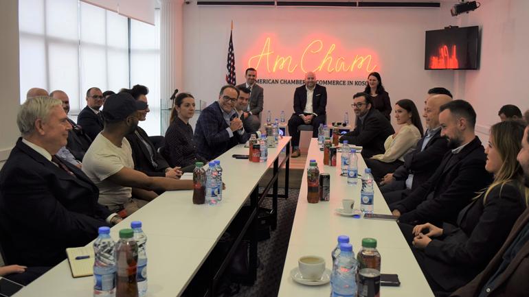 Delegacioni i bizneseve amerikane diskuton mundësitë e bashkëpunimit me bizneset kosovare