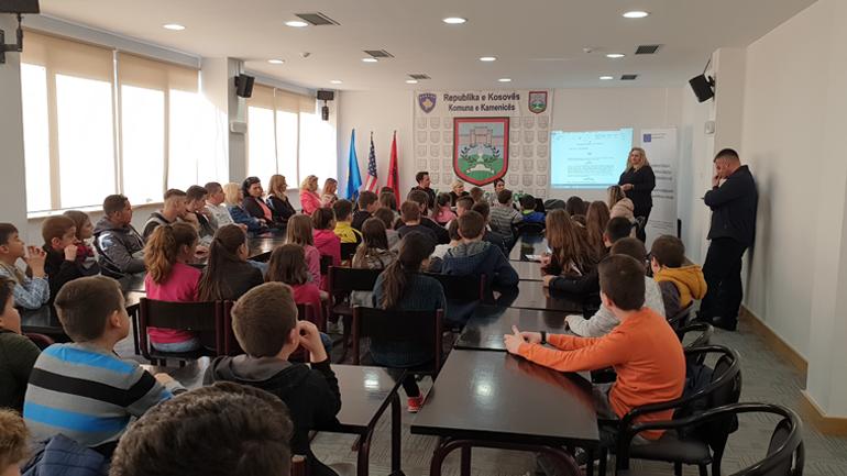 Mbahet diskutimin publik për Projekt-Rregulloren për realizimin e të drejtave të fëmijëve
