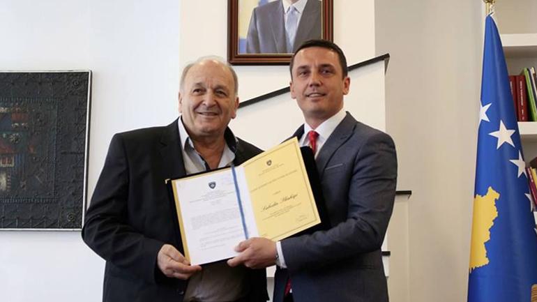Çmimi Kombëtar për Vepër Jetësore iu nda aktorit Sabedin Shahiqi