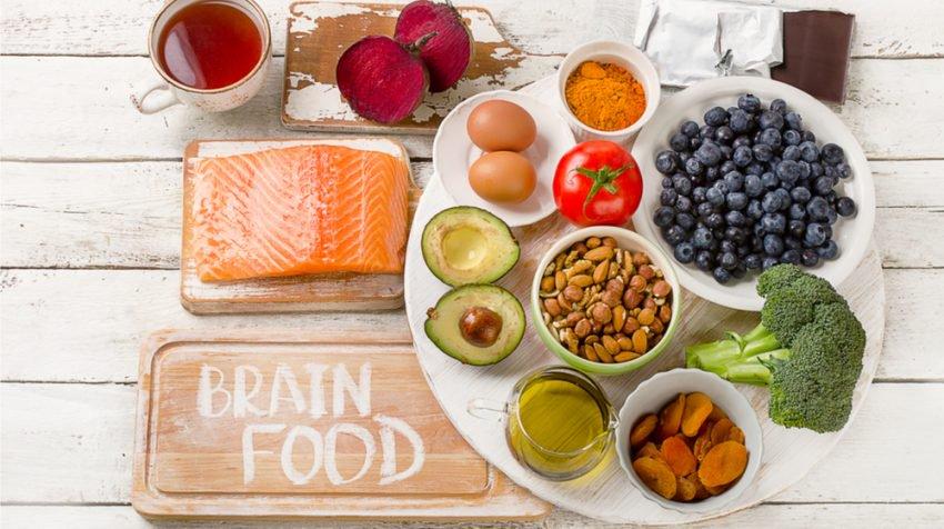 Ushqimet që rrisin jetëgjatësinë e trurit
