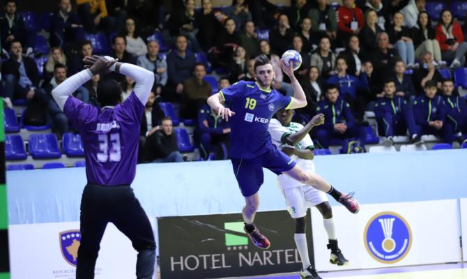 Kosova U21 në hendboll po shkruan historinë, sonte sfida tjetër
