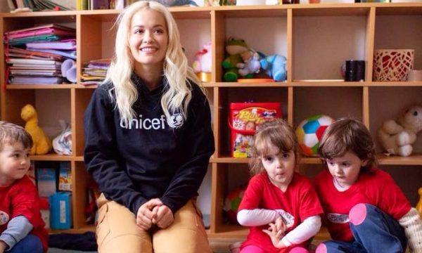 Rita në Kosovë me mision bamirësie, e dërguar e UNICEF-it