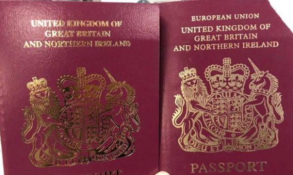 """Britania lëshon pasaporta pa mbishkrimin """"Bashkimi Evropian"""""""
