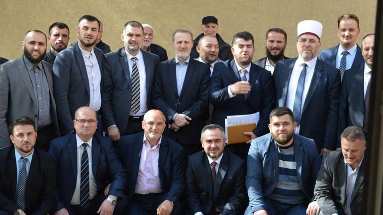 Myftiu Naim ef Tërnava në vizitë pune me imamët e Këshillit të Bashkësisë Islame në Gjilan
