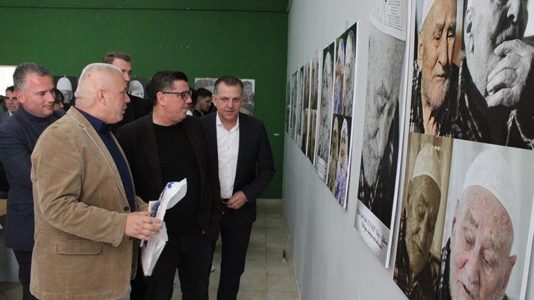 """U hap ekspozita me fotografi """"Arti i rrudhave"""" i autorit Muhamed Sadriu"""