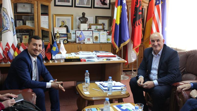 Bashkëbisedojnë rreth vazhdimit të projekti të Ibër-Lepencit në Komunën e Vitisë