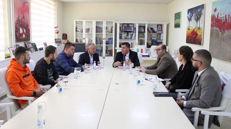 """Komuna e Gjilanit me """"Jetimat e Ballkanit"""" do të ndërtojnë 20 shtëpi për familjet në nevojë"""