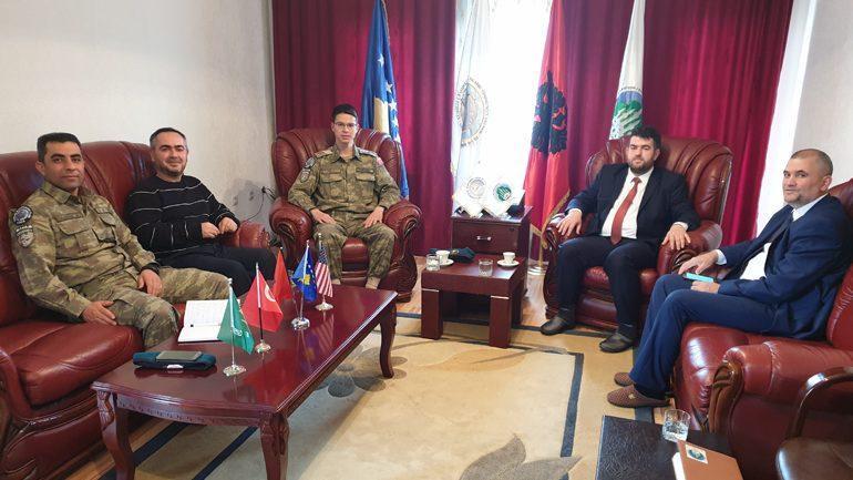 Dekani i FSI-së dhe Komandanti i KFOR-it turk vizituan KBI-në në Gjilan