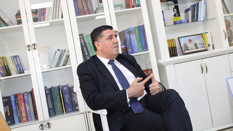 Komisioneri i gjuhëve monitorimin e Komunës e vlerëson më të mirin në nivel Republike