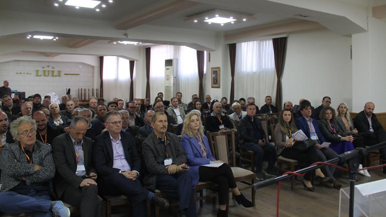 Vetëvendosje në Gjilan plotëson kryesinë