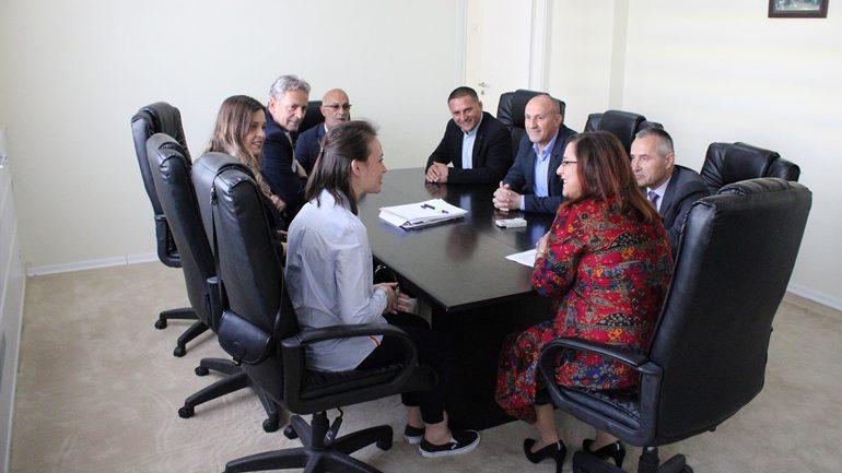 Kurteshi-Emini: Arritjet e shqiptares Qëndresa Sadriu në Zvicër na bëjnë krenarë të gjithëve