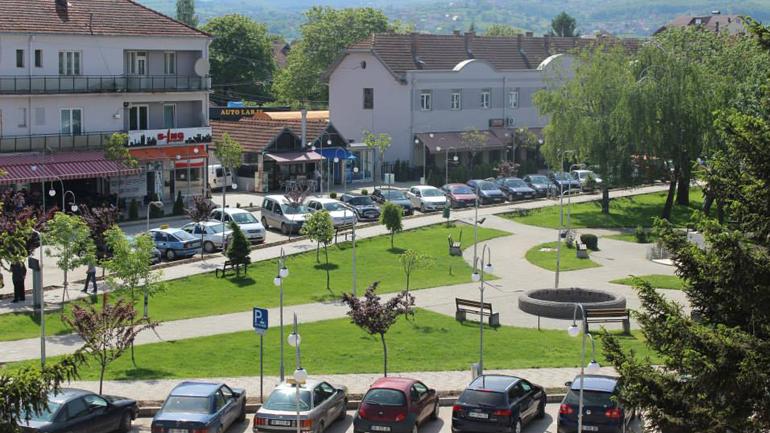 Komuna e Vitisë përfiton pajisje për menaxhim të mbeturinave në kuadër të Grantit të Performancës-Mjedisi i pastër
