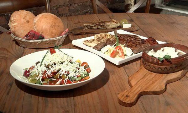Televizioni amerikan prezanton ushqimin shqiptar