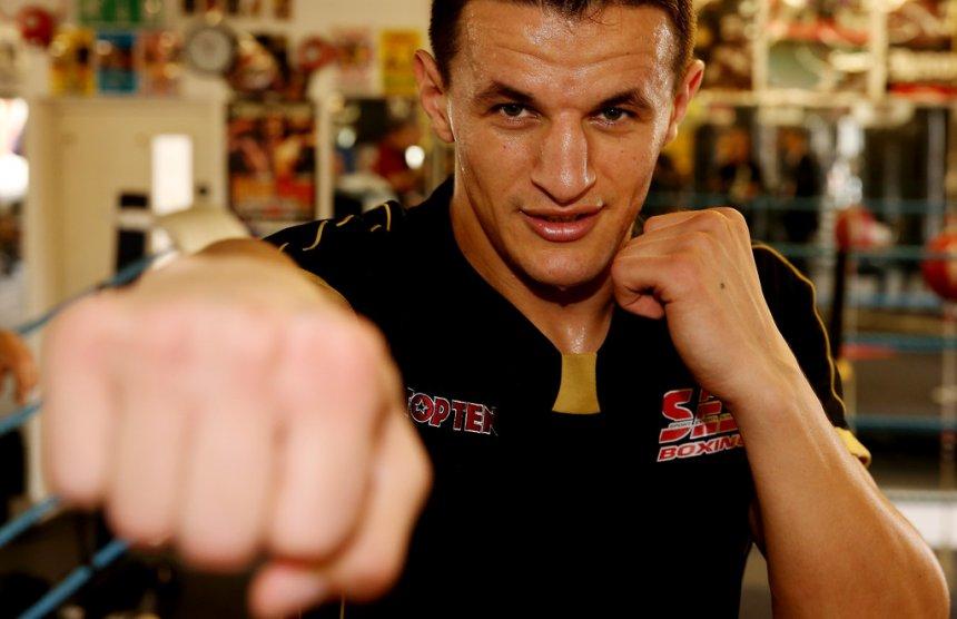Haxhi Krasniqi do të boksoj në stadiumin 'Fadil Vokrri'