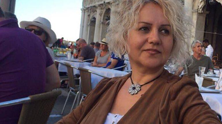 Albina IDRIZI : KATËR POEZI