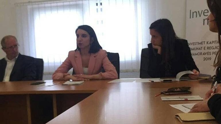 """Tryezë për: """"Investimet Kapitale të Komunave të Regjionit të Anamoravës"""""""