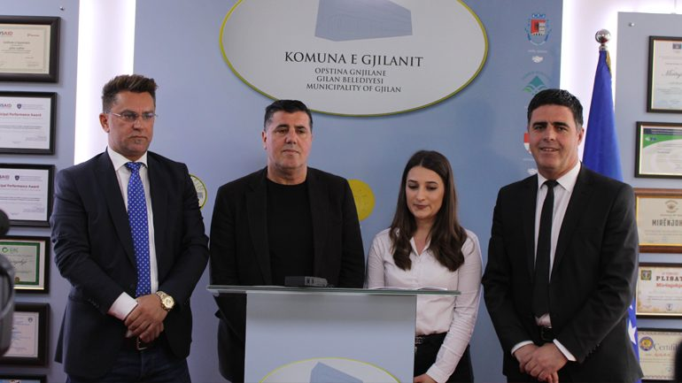 AR Katana ndau 110 bursa për studentët e Gjilanit