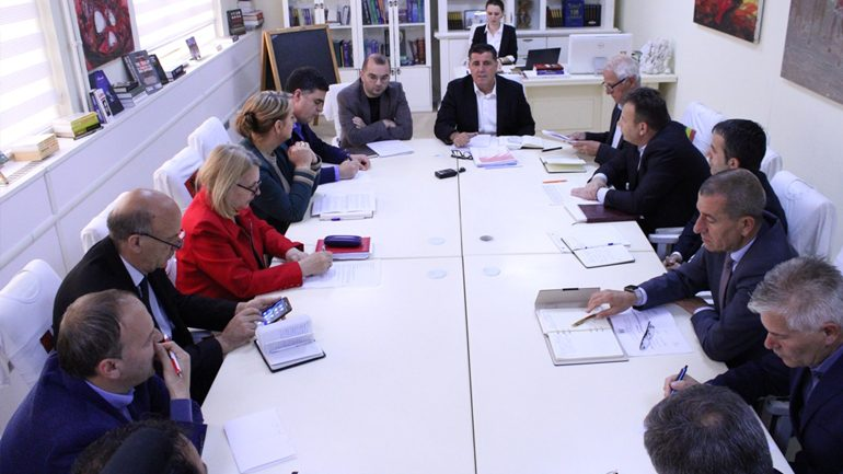 Haziri: Nënshkrimi i marrëveshjes milionëshe për impiantin, trajtimin e ujërave të zeza, lajm i madh për Gjilanin