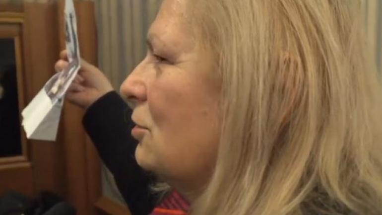 Brovina publikon dëshmi se si serbët e dhunonin një grua kosovare